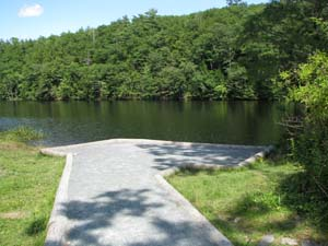 Photo of access location for Onteora Lake