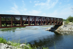 Pedestrian bridge at the western edge of Oneida Lake