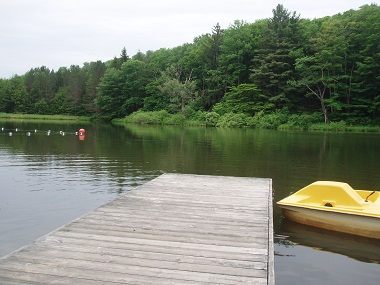 boat rentals on launt pond