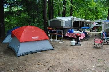campsite set up at lake george battleground