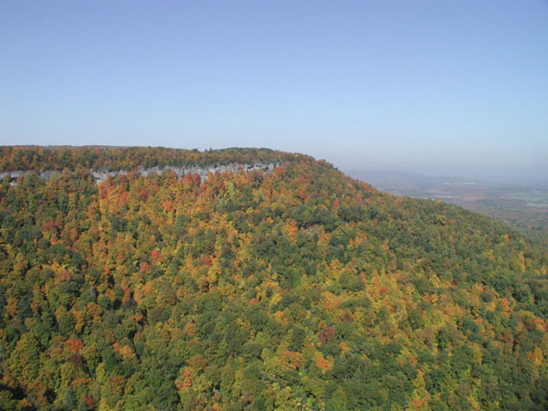 John Boyd Thacher State Park in the fall with colored trees