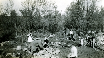 CCC Crew digging a Waterhole along the Selleck Road c.1936